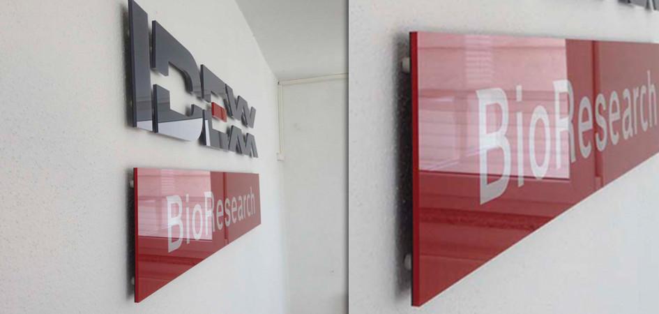 IDEXX-IGEPA- Berger- keine Rückstände- ohne Klebstoff- Kampagnen- POS- Verschönerung- Dekoration- Gallery Bond