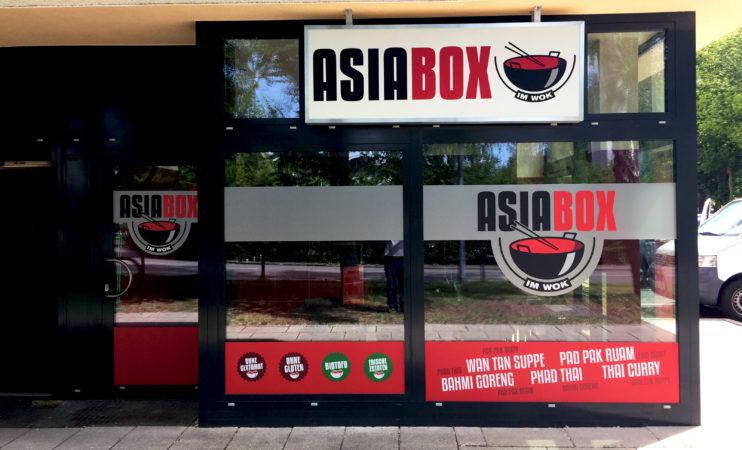 """Beklebung Neueröffnung """"Asia Box"""""""